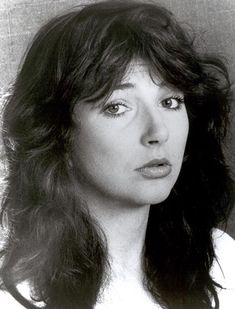 Kate - love this picture. She looks vulnerable Kate Bush Now, Top Artists, Music Artists, Uk Singles Chart, Rachel Weisz, Music Icon, Paramore, Female Singers, Record Producer