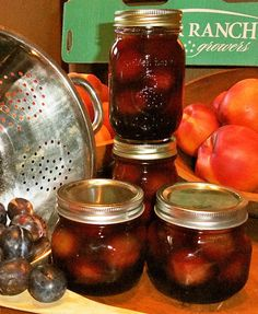 A delightful recipe for Pickled Italian Plums from Beth Conn at Preserved and Pickled! Thanks, Beth! Italian Plum Jam Recipe, Italian Prune Recipe, Plum Jam Recipes, Chutney Recipes, Plum Preserves, Fruit Preserves, Prune Recipes, Prune Plum, Plum Chutney