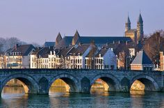 Maastricht is waiting for you! Check below the selection of jobs and apply today. Good luck!
