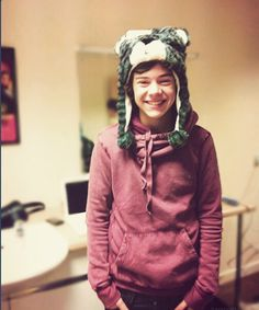 #HarryAppreciationDay He looks so cuteee ♥