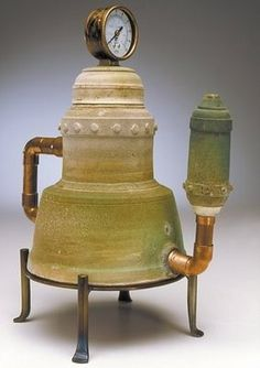 Rollie Younger Green teapot