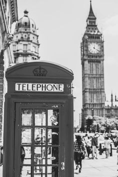 We need to take this photo! Black and white pic of London for my wall