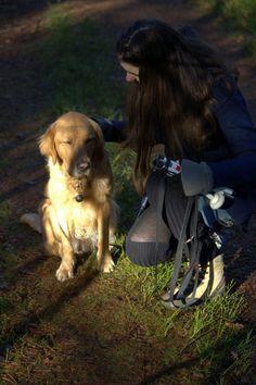 """Hond met haar baasje by Joost van Meeteren (April: """"Liefde"""")"""