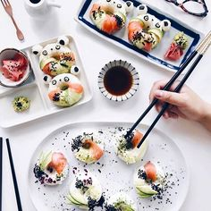 SUSHI DONUTS hahahaha this is the best !! I actually never liked raw fish until I met Tobi!! He took me to Nobu on a date one night and now that's one of our favourites!! (We don't have it here in Adelaide😭) What's your favourite sushi combo?? www.kaylaitsines.com/app @lichipan