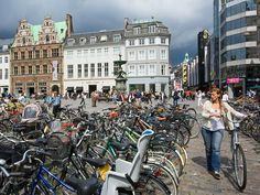 Bike-friendly Copenhagen (København, Danmark, Danish, Denmark, travel, Europe, city, capital, visit, beautiful, cool, awesome, bicycles)
