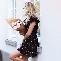 Bloemen jurkje zwart multikleur, jurkjes