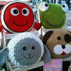 Creations to make you smile crochet patterns & more by Anne Alster Crochet Home, Crochet Gifts, Crochet For Kids, Loom Knitting, Knitting Patterns, Crochet Patterns, Knitting Toys, Blanket Patterns, Crochet Pillow Pattern