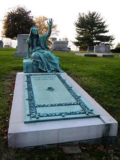 Have you come across unusual gravestones? Check out these unique markers http://www.geni.com/blog/10-unusual-gravestones-387432.html