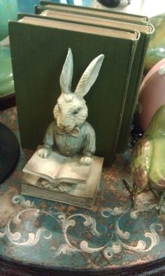 Bunny book ends!