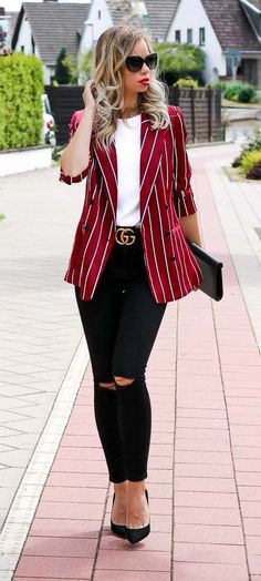 How to dress effortlessly chic on a daily basis - Gucci Jacket - Ideas of Gucci Jacket - Blazer Gucci Gucci belt red rot classy casual chic chic elegant Style Look Outfit Streetstyle Trendy Summer Outfits, Classy Outfits, Fall Outfits, Classy Clothes, Christmas Outfits, Beautiful Outfits, Classy Casual, Casual Chic Style, Chic Chic