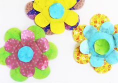 Science for Kids: Kirigami Water Blossoms - Babble Dabble Do Paper Bag Crafts, Hat Crafts, Paper Crafts For Kids, Kid Science, Indoor Activities For Kids, Fun Activities, Paper Doll Chain, Computer Paper, Kid Experiments