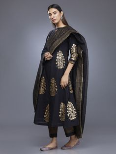 Black Chanderi Block Printed Suit - Set of 3 Pakistani Dresses, Indian Dresses, Indian Outfits, Indian Skirt, Ethnic Outfits, Indian Clothes, Kurta Designs, Blouse Designs, Printed Kurti Designs