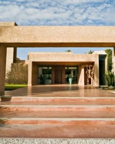 Dar Sabra is an exclusive and cosmpolitan escape just 10 minutes outside Marrakech. #Jetsetter