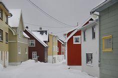 Gryllefjord - The colors of Senja - Reiner Schaufler Lofoten, Scandinavian Home, Beautiful Architecture, Country Of Origin, Norway, Germany, Vacation, Cabins, Places