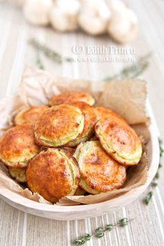 Dovlecei pane, fara prajire, se poate consuma in dieta Dukan. Feliile de dovlecei invelite intr-o crusta formata din oua, branza dulce si tarate de ovaz.