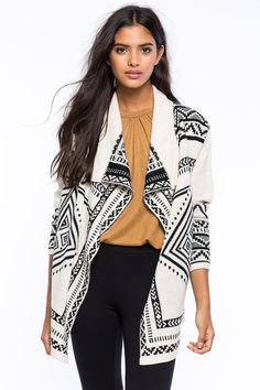 Кардиган Размеры: S, M, L Цвет: белый, черный с принтом Цена: 1359 руб.     #одежда #женщинам #кардиганы #коопт