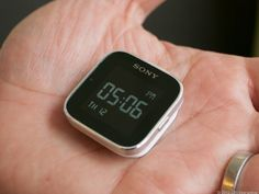 Sony SmartWatch Review - Watch CNET's Video Review