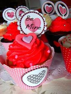 Cupcakes for V Day
