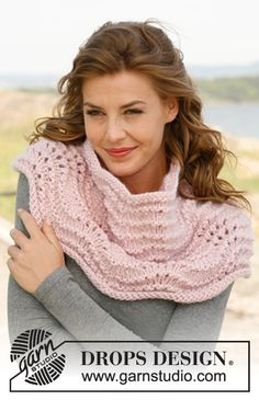 """Ariel - Set consists of: Knitted DROPS hat and neck warmer with wave pattern in """"Eskimo"""" or """"Andes"""". - Free pattern by DROPS Design Crochet Poncho, Lace Knitting, Knitting Stitches, Knitting Patterns Free, Knit Patterns, Knit Lace, Drops Design, Knitting Accessories, Neck Warmer"""