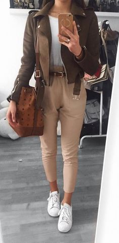 fall casual style obsession http://www.99wtf.net/young-style/urban-style/college-student-clothes-ideas-fashion-2016/