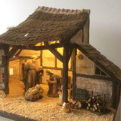 Christmas Crib Ideas, Church Christmas Decorations, Christmas Village Display, Christmas Nativity Scene, Christmas Projects, Holiday Decor, Christmas Home, Diy Nativity, Christmas Settings