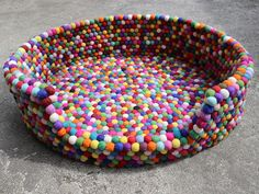 Multi Color It takes about 45 hours to make the felt balls and 30 hours to sew the balls together for a ball rug. It's really high quality crafts. Diy And Crafts, Arts And Crafts, Pom Pom Rug, Receding Gums, Pom Pom Crafts, Craft Day, Wet Felting, Crochet Baby, Decorative Bowls
