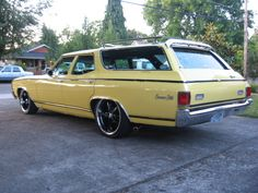"chevelle, station wagon | bumblebee"" 72 Chevelle - Station Wagon Photo Gallery"