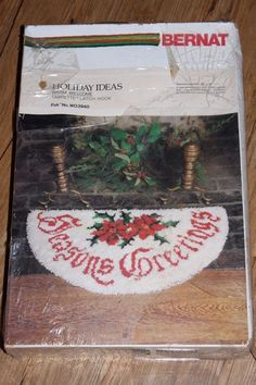 "Bernat Holiday Ideas Warm Welcome 18"" x 34"" Latch Hook Christmas Holiday Rug Kit #Bernat"