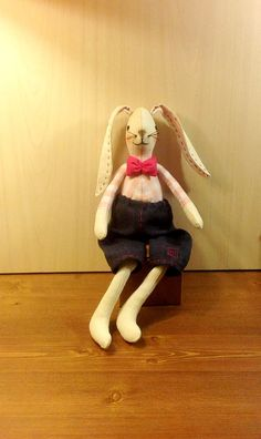This classic, timeless dolls are sure to be treasured for a forever. It is a sweet gift as well as a great start or addition to your Bunny Rabbits own collection. Perfect as a gift for your friends or for Easter decoration for every home. #Bunnydoll #RabbitToy #TildaBunny #EasterRabbi #Stuffedrabbit #StuffedBunny #ToyBunny #DollRabbit #Stuffedanimal #Rabbit #TextileBunny #GiftRabbit NatashaArtDolls