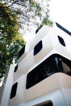 Futuristic Ideas for your home #luxuryfurniture #contemporaryfurniture #homefurnishings