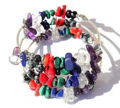 """Bracelet à mémoire trois rangs en pierres de gemmes diverses : """"La farandole de couleurs"""""""