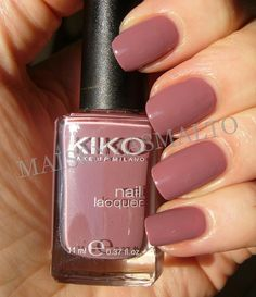 KIKO does not carry out or order testing on animals, pursuant to the relative European laws. Nude Nails, Acrylic Nails, Toe Nail Designs, Art Designs, Nail Polish Colors, Winter Nails, Manicure And Pedicure, Natural Nails, Diy Nails