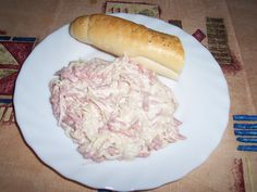Celerový salát ze sterilovaného celeru. Czech Recipes, Cabbage, Salads, Pork, Food And Drink, Meat, Chicken, Vegetables, Czech Food