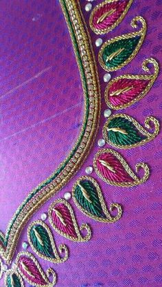 A lovely closeup shot Cutwork Blouse Designs, Embroidery Neck Designs, Simple Blouse Designs, Embroidery Works, Bridal Blouse Designs, Blouse Neck Designs, Embroidery Blouses, Aari Embroidery, Hand Work Blouse Design