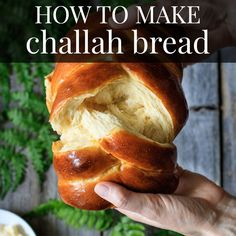 to Make Easy Challah Bread: get the recipe for this soft, sweet bread made with honey and olive oil. Its surprisingly simple to braid the 5 strands of challah dough into a stunning centerpiece for an Easter brunch or Jewish Sabbath meal! Easter Bread Recipe, Bread Recipe Video, Sweet Bread Dough Recipe, Simple Bread Recipe, Challah Bread Recipes, Challah Bread Recipe With Honey, Best Challah Recipe, Stuffed Bread Recipes, Bagel Pizza