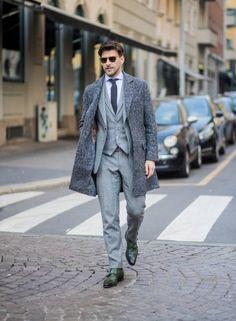Johannes Huebl wearing grey suit, grey coat is seen outside Daks during Milan Men's Fashion Week Fall/Winter on January 2018 in Milan, Italy. Mens Boots Fashion, Mens Fashion Suits, Milan Men's Fashion Week, Mens Clothing Styles, January 14, How To Wear, Fall Winter, Milan Italy, Olivia Palermo