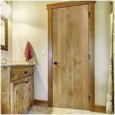 The Nostalgia Solid Oak Framed and Ledged Door is a solid oak real wood, the door is supplied untreated for you to apply the finish of your choice. #nostalgiadoor #oakdoor #internaldoor