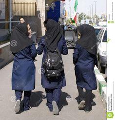 Afbeeldingsresultaat voor iran tehran school girls