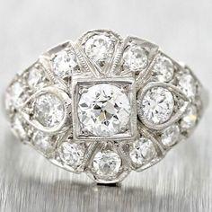 1930s Antique Art Deco Platinum 1.63carats Diamond Ring.