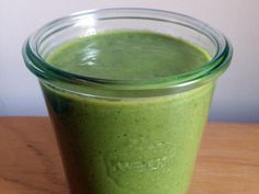 Hale to the Kale http://www.prevention.com/food/25-delectable-detox-smoothies/hale-kale