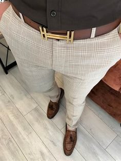 Formal Men Outfit, Formal Pants, Fashion Suits, Mens Fashion, Lamborghini Cars, Men Wear, Business Casual Outfits, Mens Clothing Styles, Mens Suits