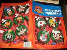 Free Christmas Plastic Canvas Patterns | Christmas Plastic Canvas Patterns Looney Tunes Christmas Ornaments in ...