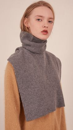 The Muir Turtleneck Knit in grey with no sleeves. Creative Textiles, Fashion Details, Fashion Design, Knitwear Fashion, Fashion 2017, Fashion Outfits, Knitting Accessories, Knitting Designs, Sustainable Fashion
