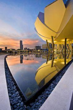 Art Science Museum at Marina Bay, Singapore - By Ng Hock How