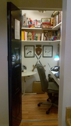 1000 Ideas About Closet Turned Office On Pinterest