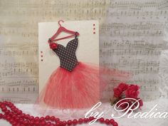 Formal Dresses, Cards, Fashion, Formal Gowns, Fashion Styles, Formal Dress, Maps, Evening Gowns, Fashion Illustrations