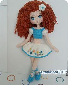 Mesmerizing Crochet an Amigurumi Rabbit Ideas. Lovely Crochet an Amigurumi Rabbit Ideas. Crochet Doll Pattern, Crochet Patterns Amigurumi, Amigurumi Doll, Knitted Dolls, Crochet Dolls, Love Crochet, Crochet Baby, Crochet Disney, Easy Crochet Projects