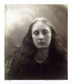 Importance of julia margaret cameron's photography?