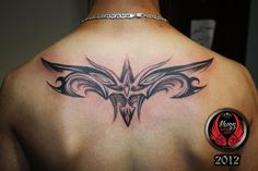upper back tattoos men | Pin Tattoos Fine Line Flower Realistic Art Nouveau on Pinterest