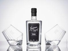 Korpimaan Kyynel - Viina Premium Packaging